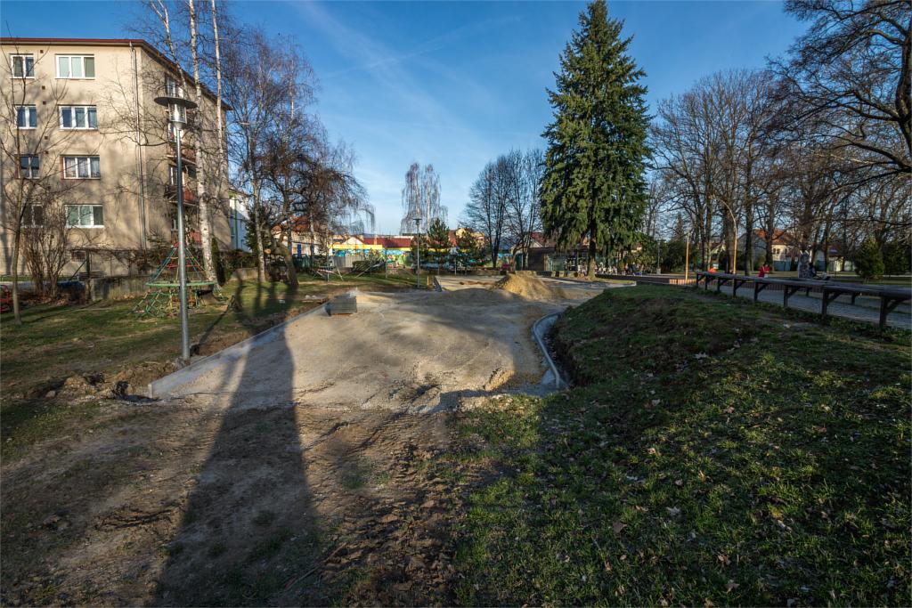 Ihrisko park