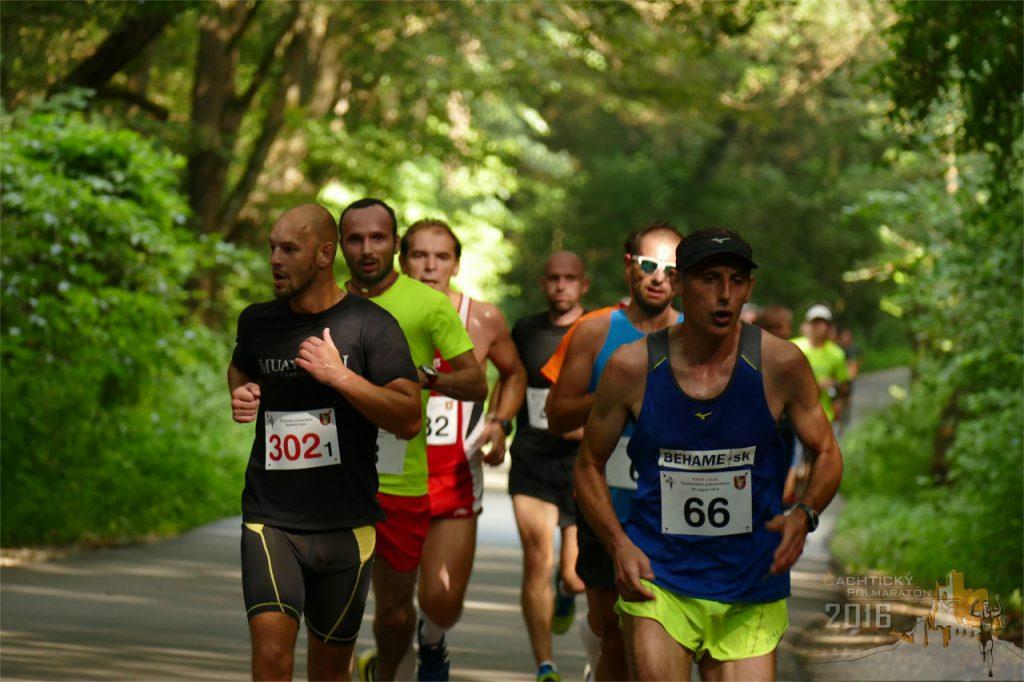 cachticky polmaraton